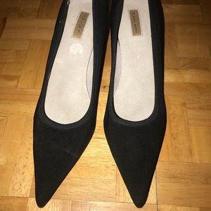 Tahari Pointed Toe 3in Heels